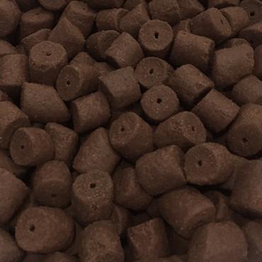 COPPENS CUBO PELLET HALIBUT 14 MM CON AGUJERO (2.5 L-2 KG APROX)